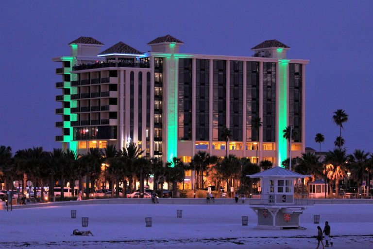 Jimmys Crows Nest Clearwater Beach Front At Dusk